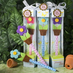 """ULTRA CUTE"" FLOWER PEN FAVORS"