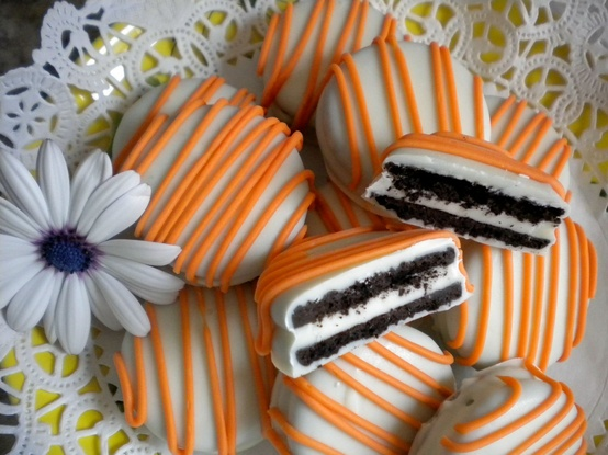Baby Favor Ideas with a Touch of Halloween Flavor